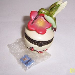 Hummingbird Hinged Trinket Box Porcelain